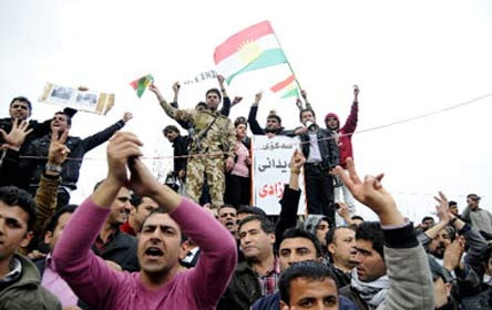 دیوار کردستان تخت ابونصر - عکسها