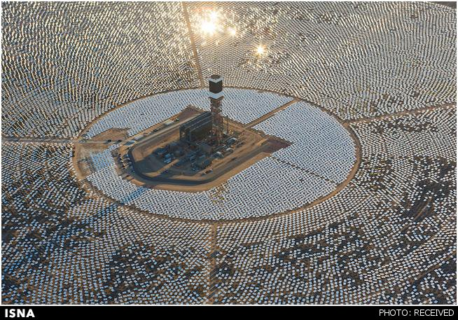 بزرگترین مزرعه خورشیدی با 330 هزار آینه