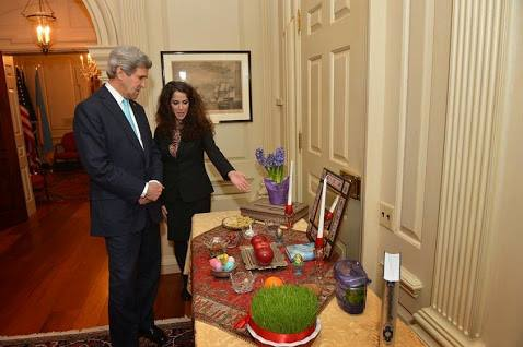 عکس اوباما و سفره هفتسین فتوشاپی از کار درآمد