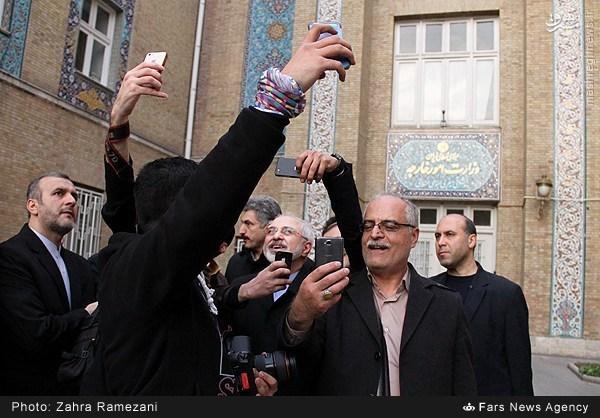 عکس سلفی با ظریف