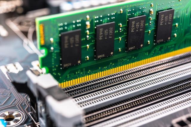 حافظه RAM چيست و سيستم شما چه ميزان RAM نياز دارد؟