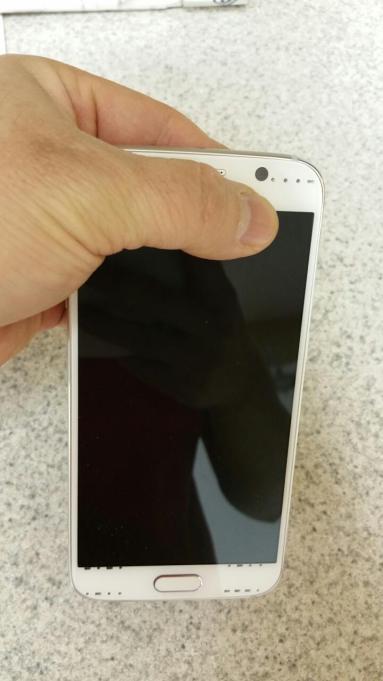 تصاویر منتسب به سامسونگ Galaxy S6 منتشر شد