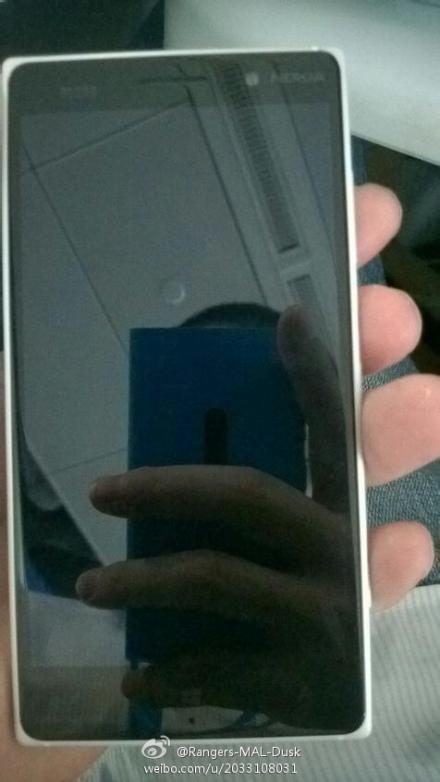 لومیا 830، اولین گوشی نوکیا با نام مایکروسافت؟ + تصاویر