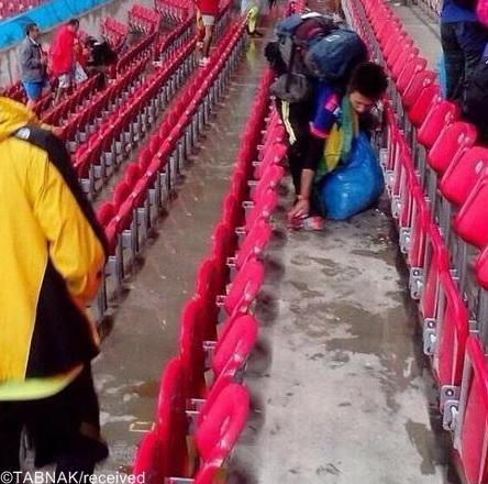 رفتار آموزنده تماشاگران ژاپن در جام جهانی