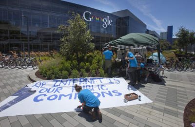 بعد از Occupy Wall Street اکنون Occupy Google! + فیلم