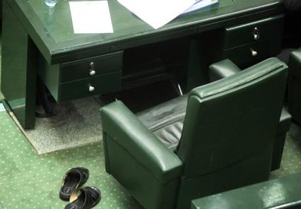 آغاز جلسه علنی صبح امروز مجلس با ۸۷ کرسی خالی!