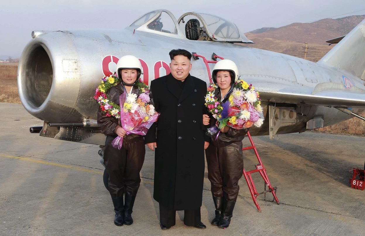 پوشش خلبانان زن در کره شمالی, خلبانان زن در کره شمالی , ظاهرخلبانان زن در کره شمالی , کره شمالی