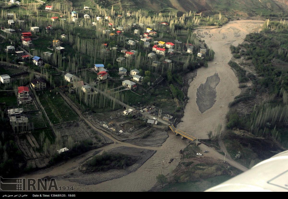 امداد رسانی به روستاهای سیل زده طالقان(25 فروردین 1394)