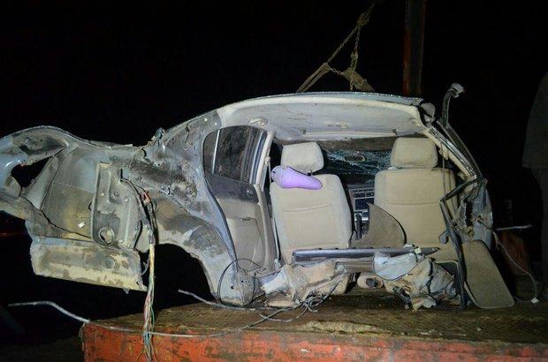 سانحه رانندگی خودرو را به دو نیمه تقسیم کرد