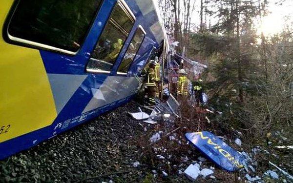۴ کشته در برخورد دو قطار مسافربری در آلمان