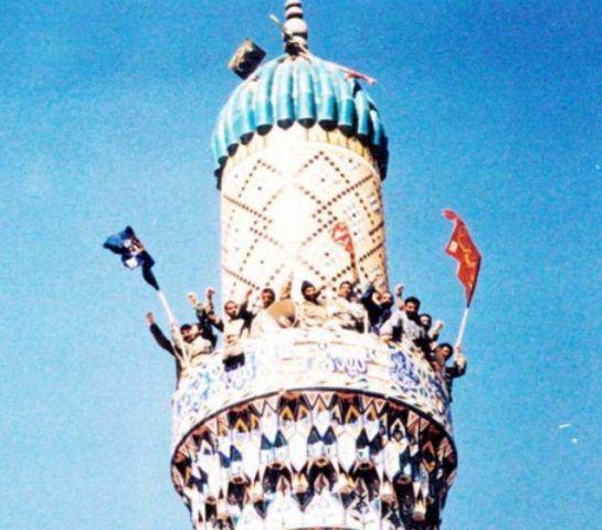 چگونه پرچم امام رضا(ع) به بالاترین گنبد مسجدی در خاک عراق رسید