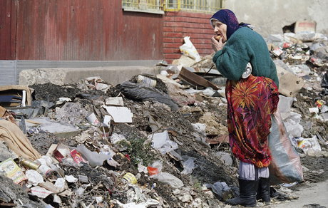 عکسی تلخ از یک محاصره در دهه ۹۰