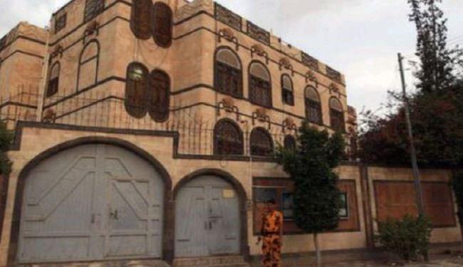 دومین حمله جنگندههای سعودی به سفارت ایران در یمن