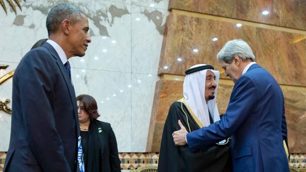 چگونه آمریکا به تقابل شیعه و سنی در خاورمیانه دامن می زند؟