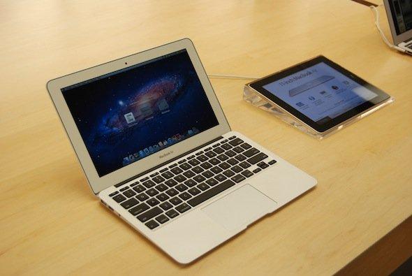 بررسی انواع خرافات دیجیتال/ از روش شارژ لپ تاب و موبایل تا ویروسی نشدن موبایلهای اپل