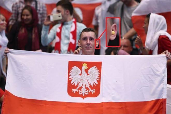 ترفند ویژه تماشاگر لهستانی در جو سالن آزادی