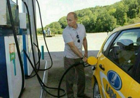 آقای رئیس جمهور در پمپ بنزین!