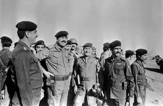 نتیجه تصویری برای جنگ ایران و عراق + تابناک