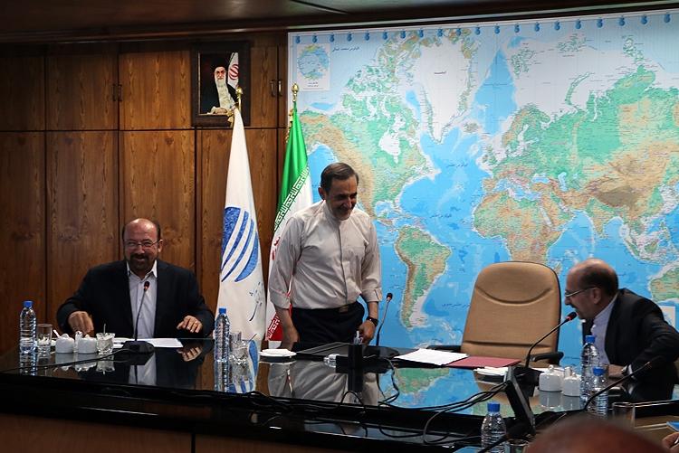 وقتی ترافیک تهران کار دست سیاسیون میدهد