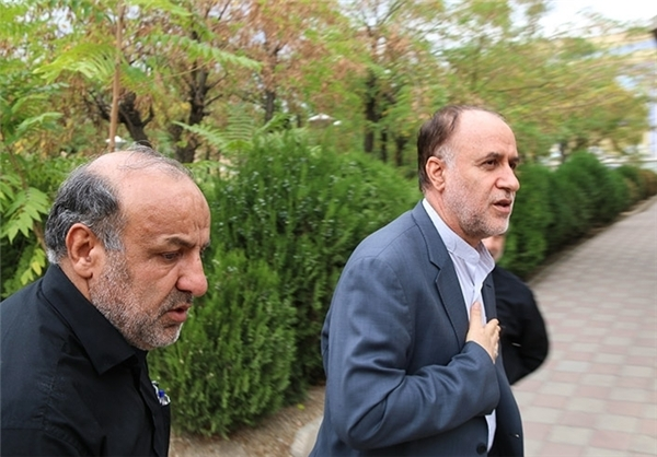 حضور سرلشکر جعفری در منزل شهید همدانی