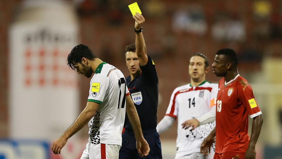 طارمی این چنین عصبانی شد و کارت گرفت + عکس