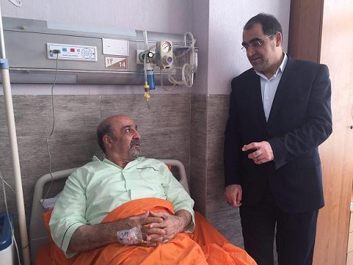 عکس وزیر ورزش روی تخت بیمارستان