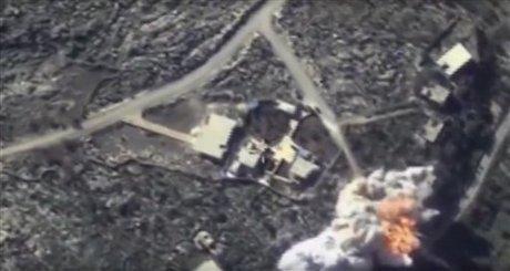 بمباران سنگین محل سقوط سوخو-۲۴