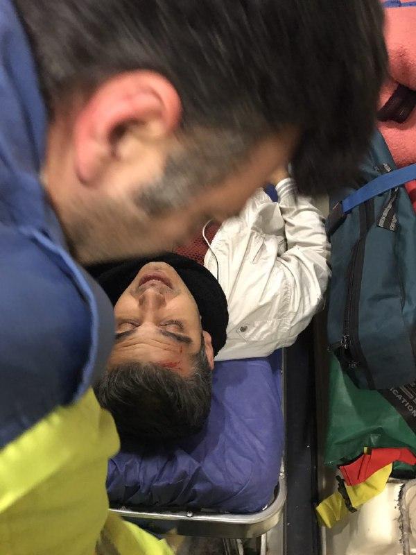 خودروی مجری برنامه ورزشی جنجالی واژگون شد