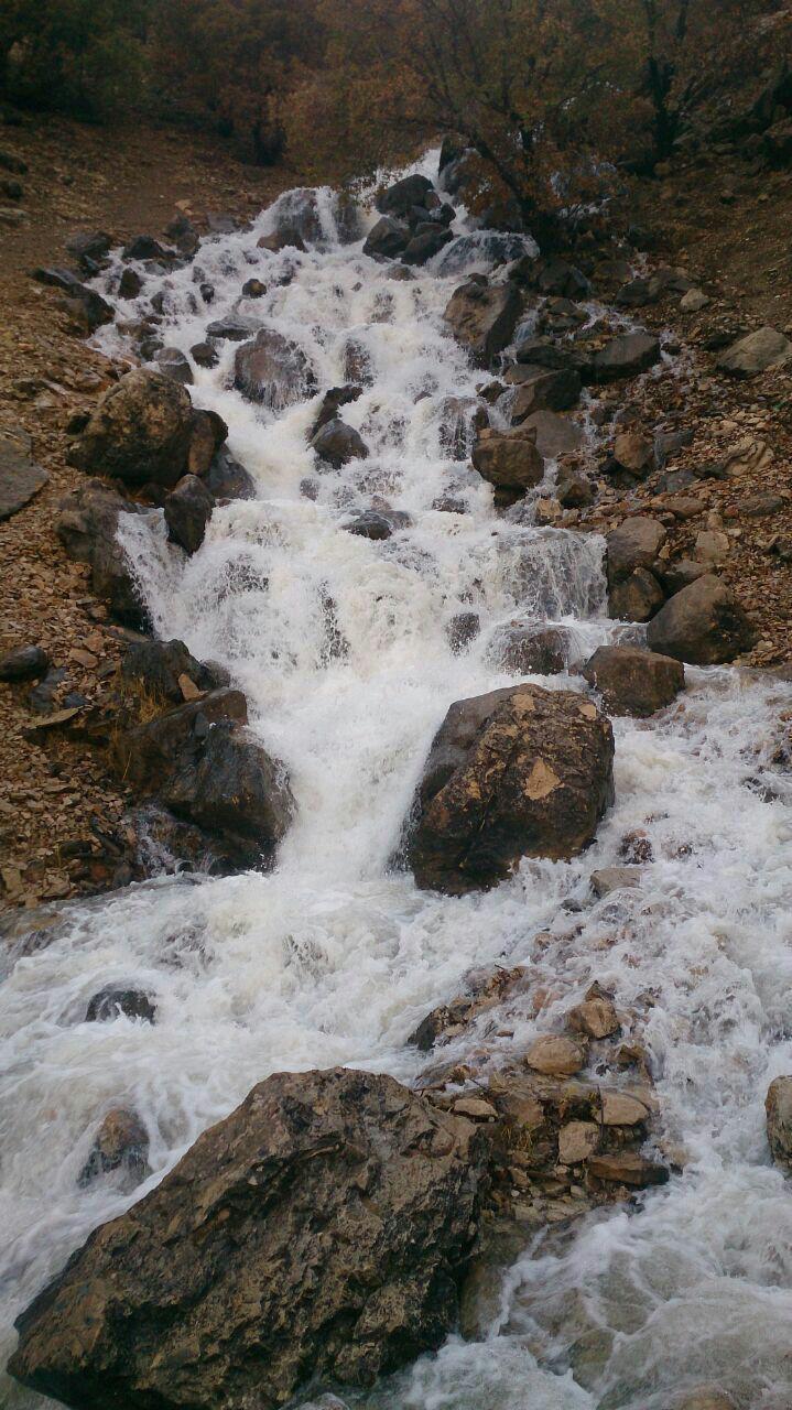 آبشار تیدان روستای برنجگان در چهارمحال بختیاری