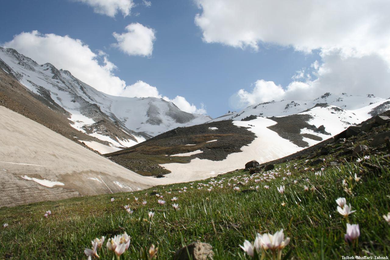 رشته کوه الوند همدان