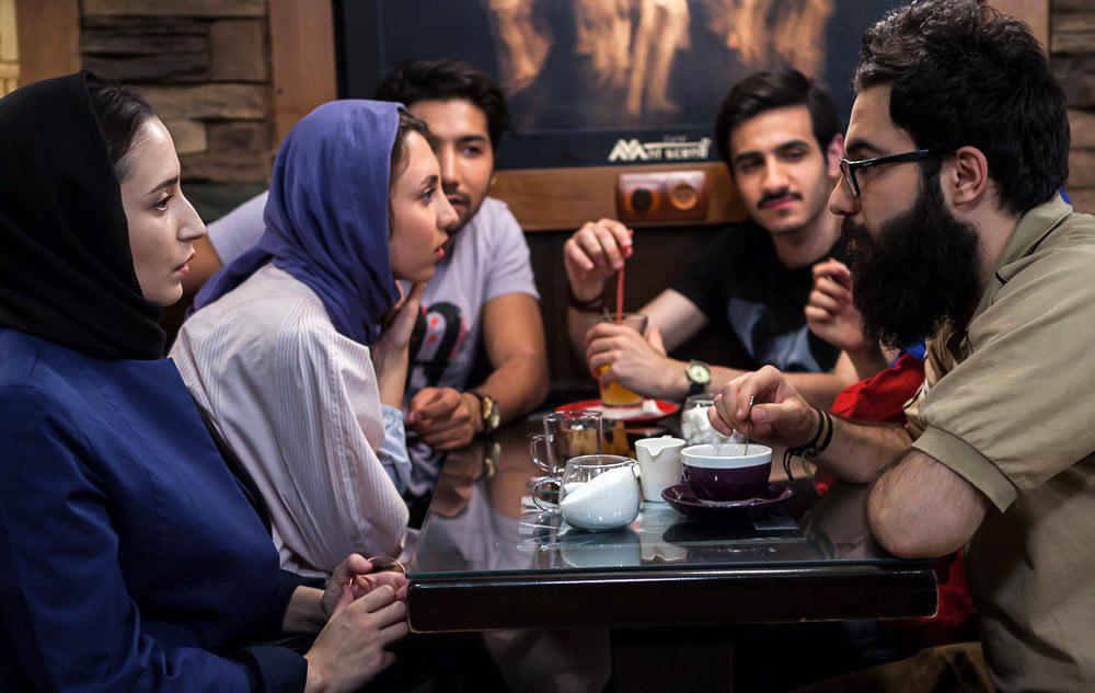 فهرست 28 فیلم راه یافته به بخش مسابقه سی و پنجمین جشنواره فیلم فجر