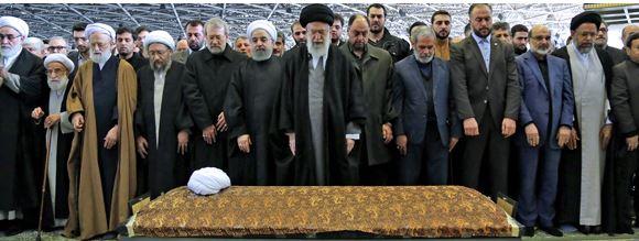 برگزاری مراسم ترحیم مرحوم آیت الله هاشمی با حضور رهبر انقلاب