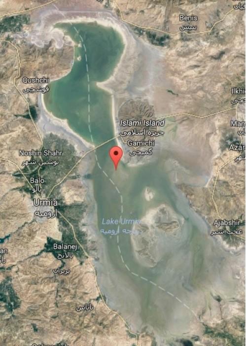 رئیس کمیسیون کشاورزی مجلس: با وجود چند صد میلیارد هزینه، وضعیت دریاچه ارومیه بدتر می شود! مسئول ستاد احیاء: بودجه نداریم، پیمانکارها کار را رها کردند