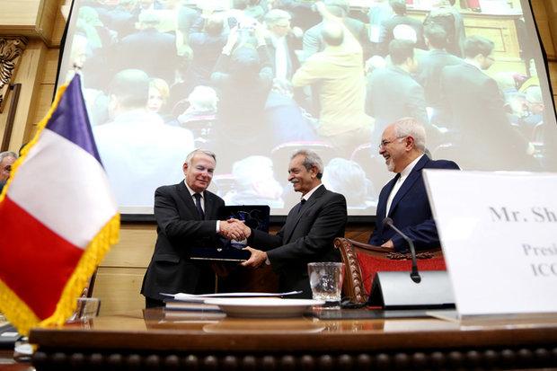 امضای ۵ سند همکاری مشترک بین ایران و فرانسه