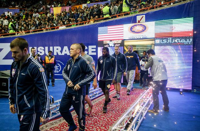 چرا کشتیگیران آمریکایی را به ایران راه بدهیم؟