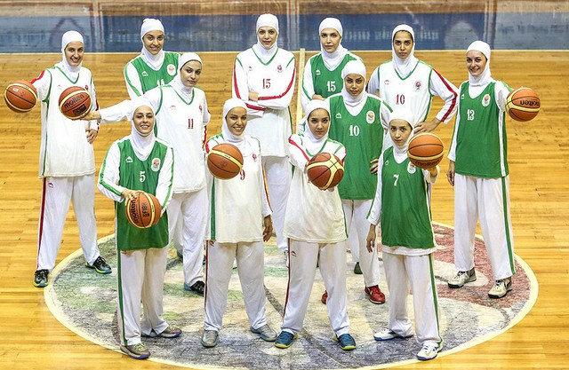 شمارش معکوس فیبا برای بازی دختران بسکتبالیست ایران با روسری