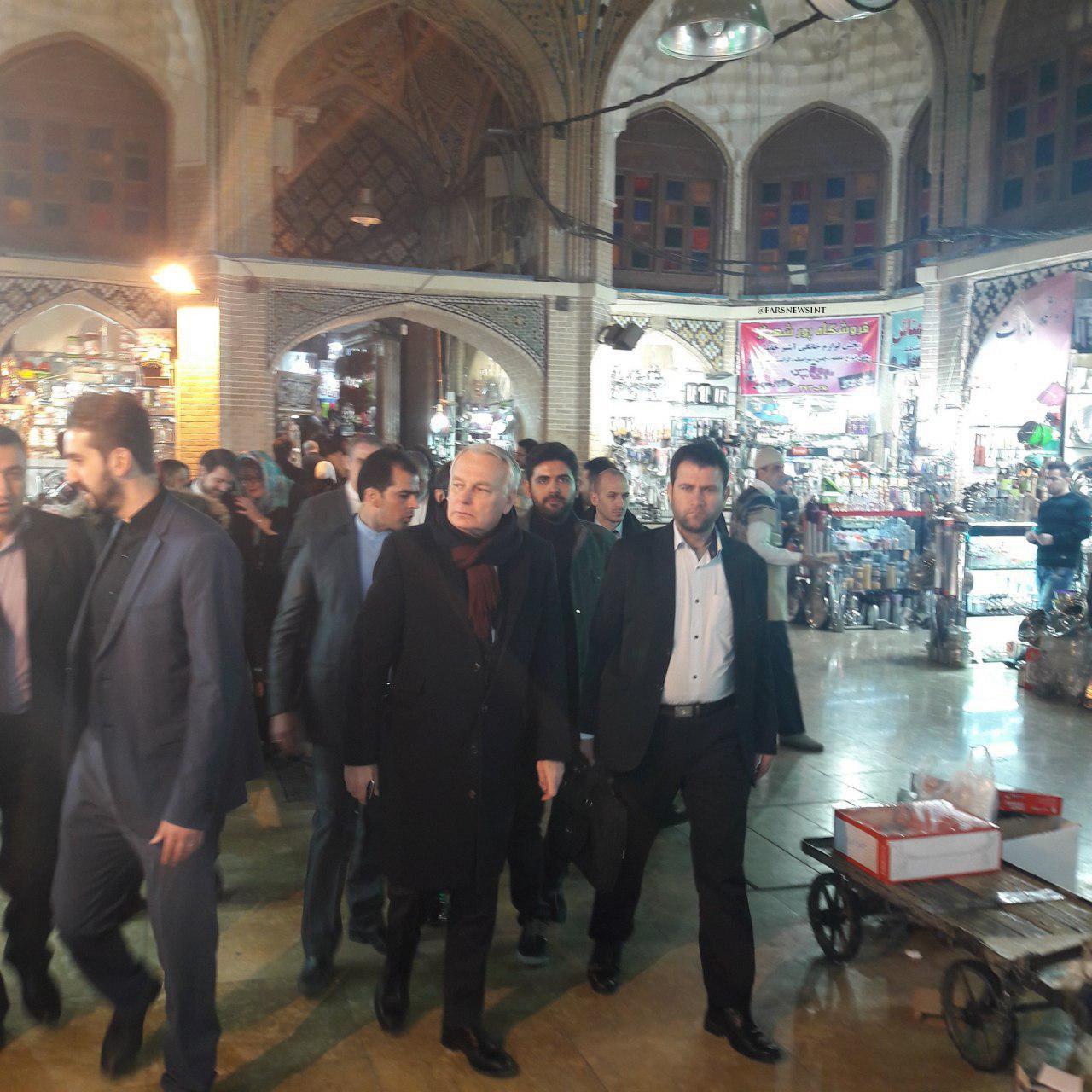 گشت و گذار وزیرخارجه فرانسه در بازار تهران