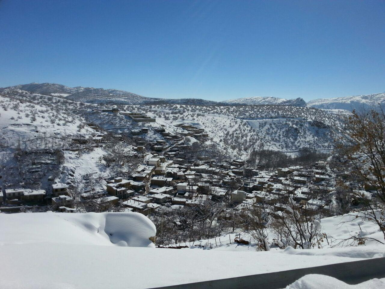 طبیعت زمستانی روستای قوری قلعه