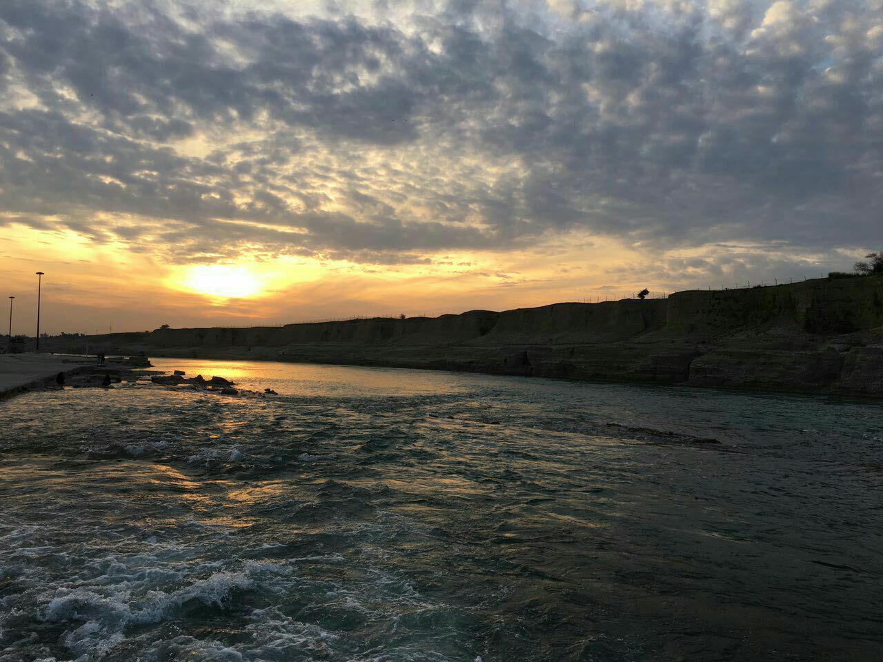 غروب زیبا رود دز