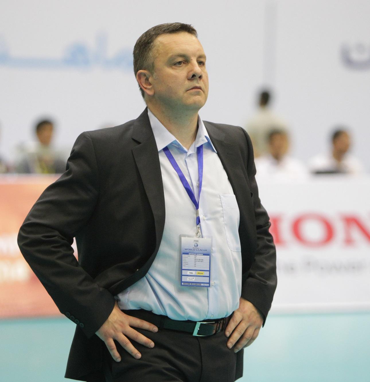 تصمیمات نهایی درباره دوگزینه سرمربیگری تیم ملی والیبال