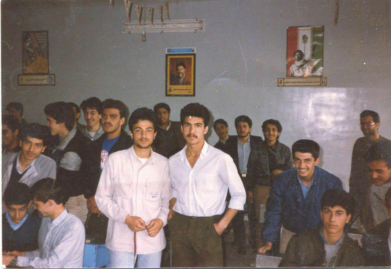 تصویر حسنجوهرچی در دوران دبیرستان