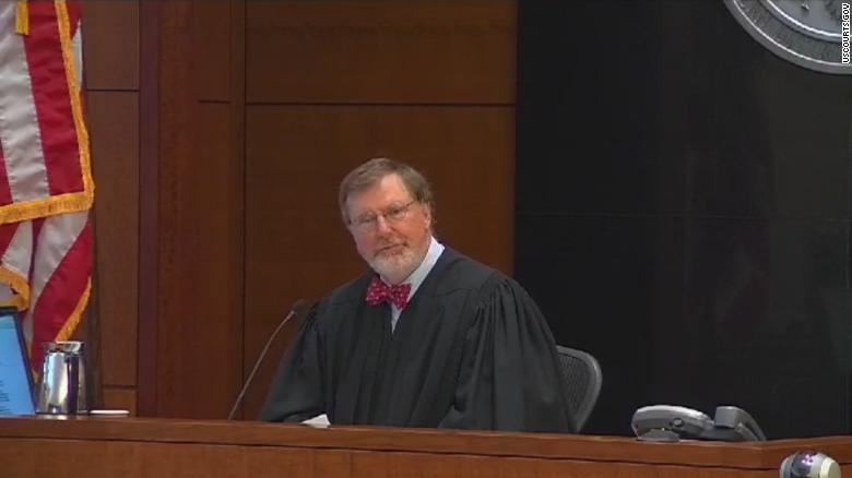 جزئیات کامل دستور قاضی فدرال در نقض فرمان مهاجرتی ترامپ