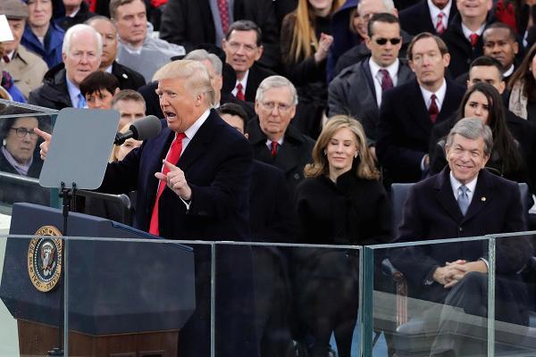 رئیس جمهور جدید آمریکا نشان داد که همان کاندیدای سابق است