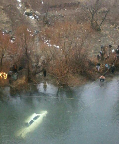۳ کشته در پی سقوط خودرو به رودخانه