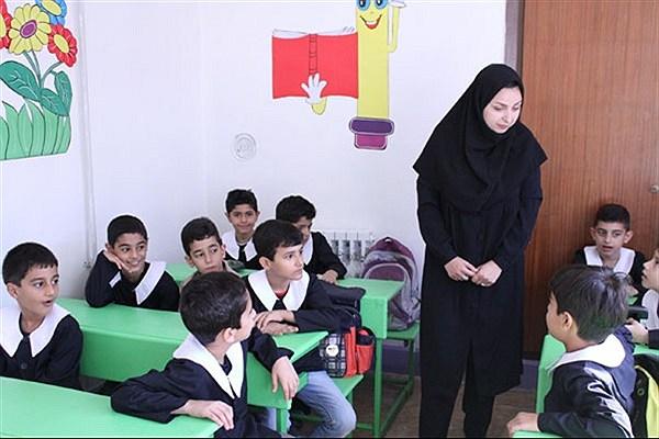 وعده وزیر برای پرداخت حقوق معلمان حق التدریسی