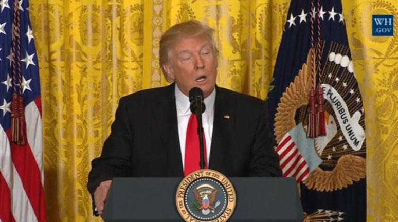 ترامپ: به دنبال جنگ نیستیم / کاری که فلین کرد، غیرقانونی نیست