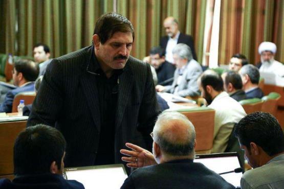 درگيري عباس جديدي درجلسه شوراي شهر تهران