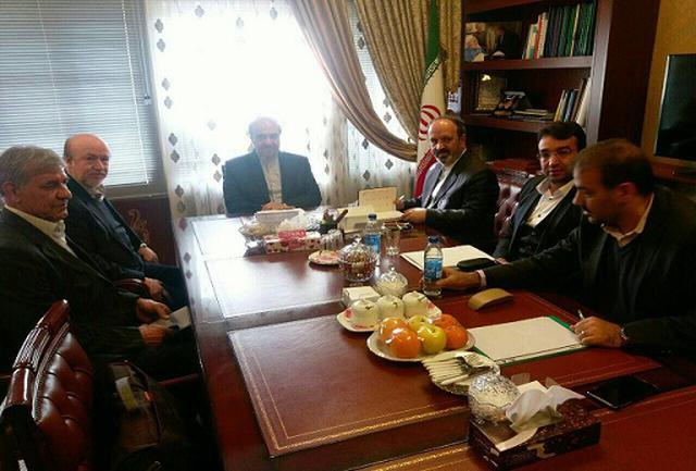 چرا استقلال جلسه با معاون ظریف را لغو کرد؟