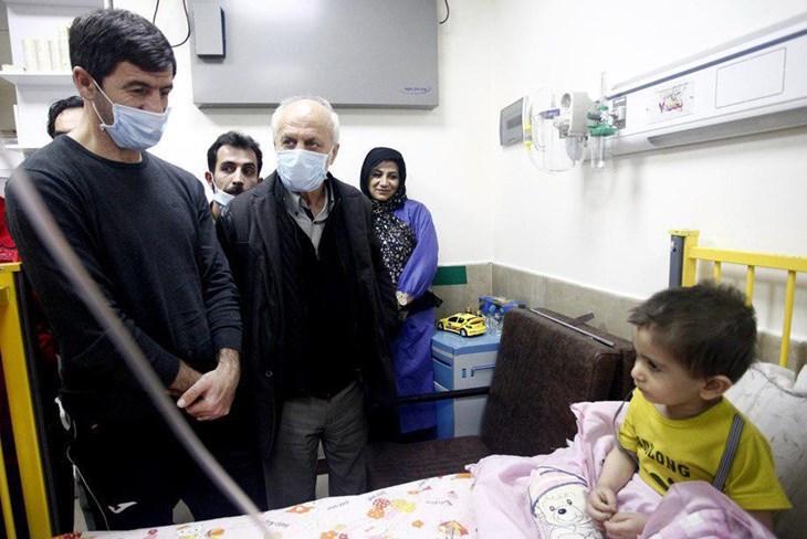 آقا کریم در بیمارستان قم