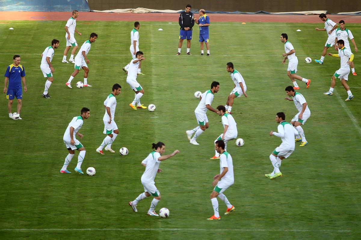 گزارش تمرین تیم ملی:منتظری مترجم جدیدتیم کیروش/دستیاران ایرانی نیامدند!